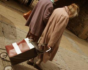 Nakupovanie a seniori: Zostanú stále odkázaní len na zľavy?