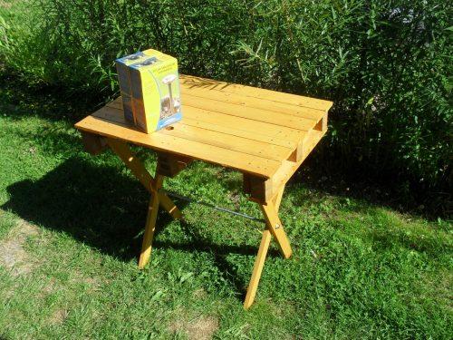 hotový stolček z palety